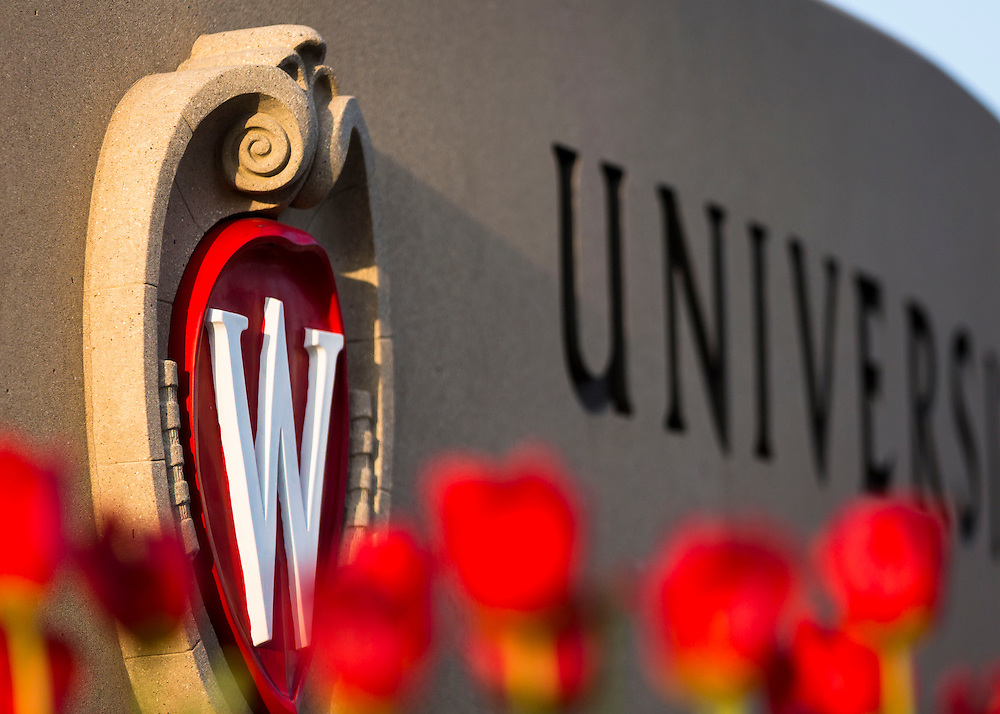 Universtiy of Wisconsin-Madison campus 2014 (Photo @ Andy Manis))