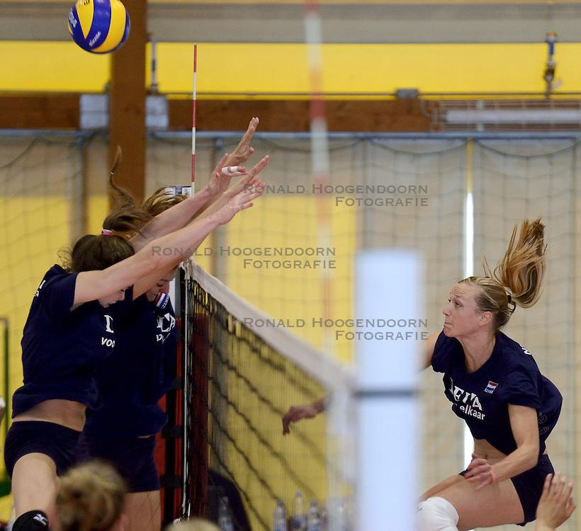 30-09-2014 ITA: World Championship Volleyball Training Nederland, Verona<br /> Judith Pietersen