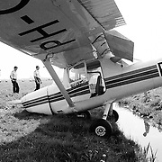 Noodlanding vliegtuig Weideweg Soest, geen gewonden
