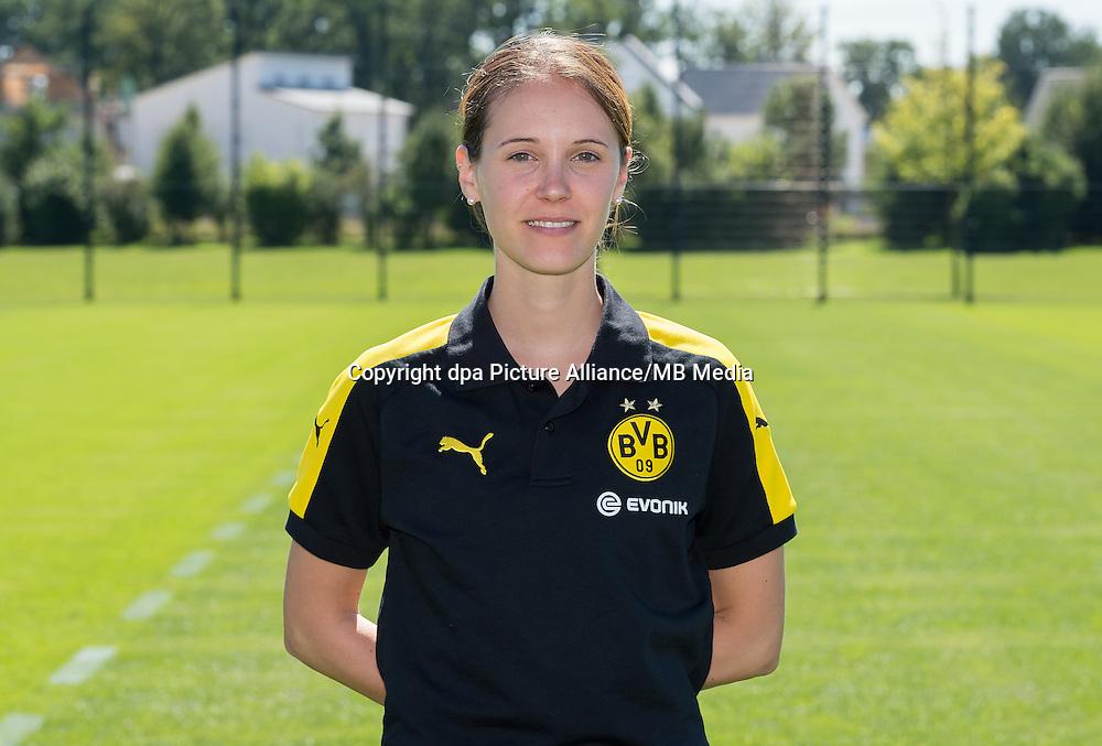 German Bundesliga - Season 2016/17 - Photocall Borussia Dortmund on 17 August 2016 in Dortmund, Germany: Physiotherapist Swantje Thomssen. Photo: Guido Kirchner/dpa | usage worldwide