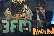 De 3FM Awards 2014 in de Gashouder, Amsterdam.<br /> <br /> Op de foto:  Douwe Bob wint de award voor beste zanger