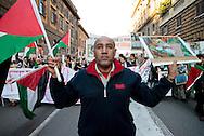 Roma, 17.01.2009, Italy - Manifestazione Nazionale per la Palestina. Migliaia di manifestanti si sono riversati in piazza per chiedere lo stop delle azioni militari nella Stiscia di Gaza. Photo by © Giovanni Marino