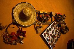 Foi no longínquo 18 de janeiro de 1858 que desnudaram nas águas da Laguna dos Patos os primeiros imigrantes vindos da extinta Pomerânia. Nas bagagens memórias, dores e os aspectos diferenciados da culturada pátria mãe, que até hoje são cultivados pelos seus descendentes. Entre as tradições que estão sendo resgatadas estão a noiva de preto, o convidador, mandala de flores e temperos, peito de ganso defumado, artesanato e as aulas de alemão para os mais jovens. FOTO: Lucas Uebel/ Agência Preview
