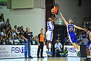 DESCRIZIONE : Sassari Lega A 2013-14 Dinamo Sassari - Pallacanestro Cantù<br /> GIOCATORE :Caleb Green<br /> CATEGORIA :Tiro<br /> SQUADRA : Dinamo Sassari<br /> EVENTO : Campionato Lega A 2013-2014 <br /> GARA : Dinamo Sassari - Pallacanestro Cantù<br /> DATA : 20/10/2014<br /> SPORT : Pallacanestro <br /> AUTORE : Agenzia Ciamillo-Castoria/M.Turrini<br /> Galleria : Lega Basket A 2013-2014  <br /> Fotonotizia : Sassari Lega A 2013-14 Dinamo Sassari - Pallacanestro Cantù<br /> Predefinita :