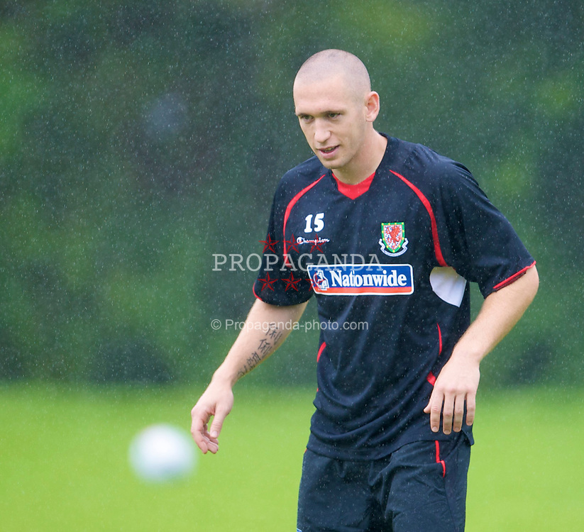 CARDIFF, WALES - Tuesday, August 19, 2008: Wales' David Cotterill training at the Vale of Glamorgan Hotel ahead of their international friendly match against Georgia. (Photo by David Rawcliffe/Propaganda)