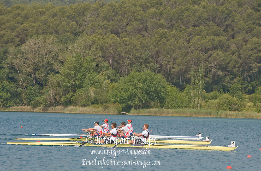 Banyoles, SPAIN,  GBR M2X,  Steve ROWBOTHAM and Matt WELLS,  Gold Medalist, Men's double Scull, at the FISA World Cup Rd 1. Lake Banyoles.  Sunday,  31/05/2009   [Mandatory Credit. Peter Spurrier/Intersport Images]