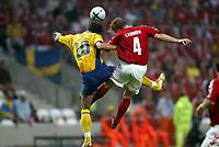 Fotball<br /> Euro 2004<br /> Portugal<br /> 22. juni 2004<br /> Foto: Dppi/Digitalsport<br /> NORWAY ONLY<br /> Gruppe C<br /> Sverige v Danmark 2-2<br />  ZLATAN IBRAHIMOVIC (SWE) / MARTIN LAURSEN (DEN)