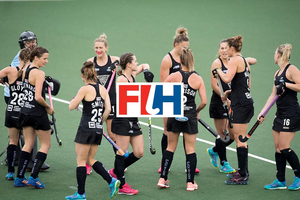 AUCKLAND - Sentinel Hockey World League final women<br /> Match id 10295<br /> 05 New Zealand  v Korea<br /> Foto: Start of the match.<br /> WORLDSPORTPICS COPYRIGHT FRANK UIJLENBROEK