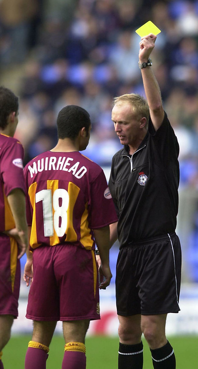 © Peter Spurrier/Sportsbeat Images <br /><br />04/10/2003 - Photo  Peter Spurrier<br />2003/04 Nationwide Football Div 1 Reading Town FC v Bradford City FC.<br /> Ben Muirhead receives a yellow for time wasting.