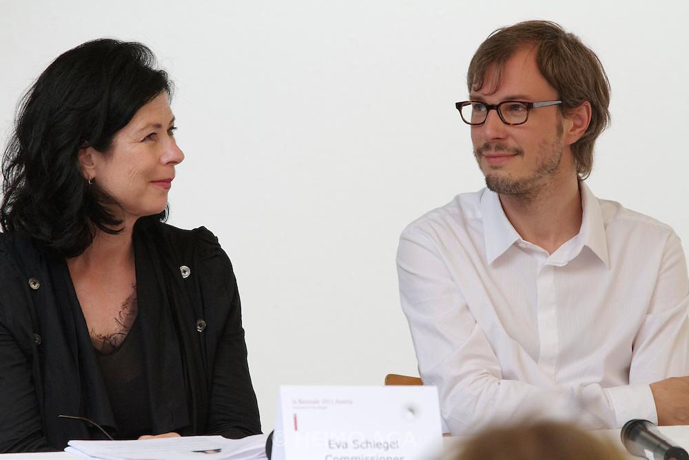 54th Biennale of Venice..ILLUMInazioni - ILLUMInations.Giardini, Austrian Pavillion..Markus Schinwald, 2011..Opening press conference. From l.: Curator Eva Schlegel, Markus Schinwald.
