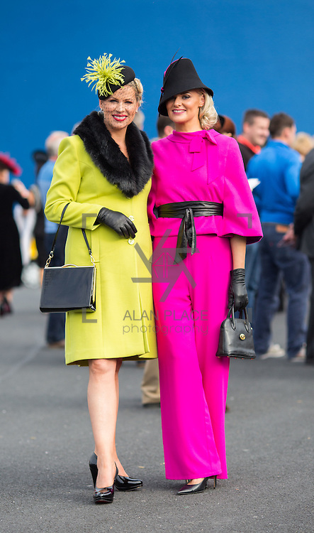 09.10.2016           <br /> Attend the Keanes Jewellers Best dressed competition at Limerick Racecourse were, Diane Jeffers, Ardfert Co. Kerry and Margaret Hynes Cahill, Ardfert Co. Kerry 2nd runner up. Picture: Alan Place