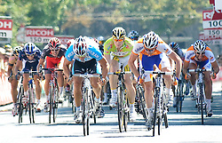 11.07.2010, AUT, 62. Österreich Rundfahrt, 8. Etappe, Podersdorf-Wien, im Bild Graeme Brown (AUS, Rabobank), Andre Greipel (GER, Team HTC Columbia), EXPA Pictures © 2010, PhotoCredit: EXPA/ S. Zangrando / SPORTIDA PHOTO AGENCY