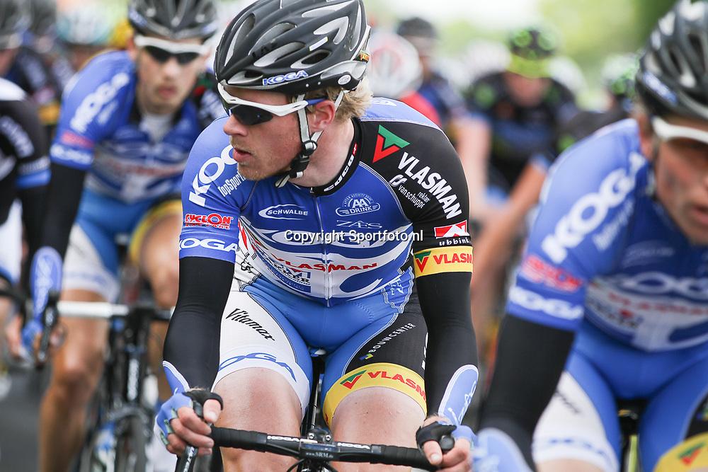 WIELRENNEN Rijssen, de 62e ronde van Overijssel werd op zaterdag 3 mei verreden. Rene Hooghiemster