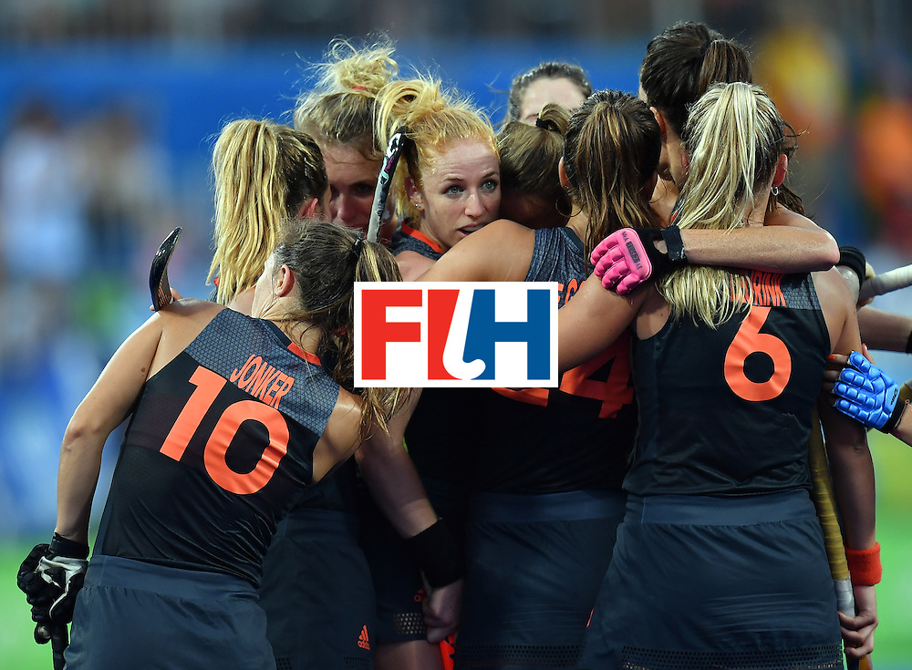 Netherlands' players celebrate their secondgoal during the women's Gold medal hockey Netherlands vs Britain match of the Rio 2016 Olympics Games at the Olympic Hockey Centre in Rio de Janeiro on August 19, 2016. / AFP / MANAN VATSYAYANA        (Photo credit should read MANAN VATSYAYANA/AFP/Getty Images)