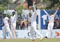 July 13, 2018 - Galle, Sri Lanka - South African cricketer Temba Bavuma looks on as Sri Lankan cricket players appeal during the 3rd day's play in the first Test cricket match between Sri Lanka and South Africa at Galle International cricket stadium, Galle, Sri Lanka on Saturday 14 July 2018. (Credit Image: © Tharaka Basnayaka/NurPhoto via ZUMA Press)