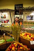 Zdravicek Farmer Food Shop - der Leiter der Filiale.