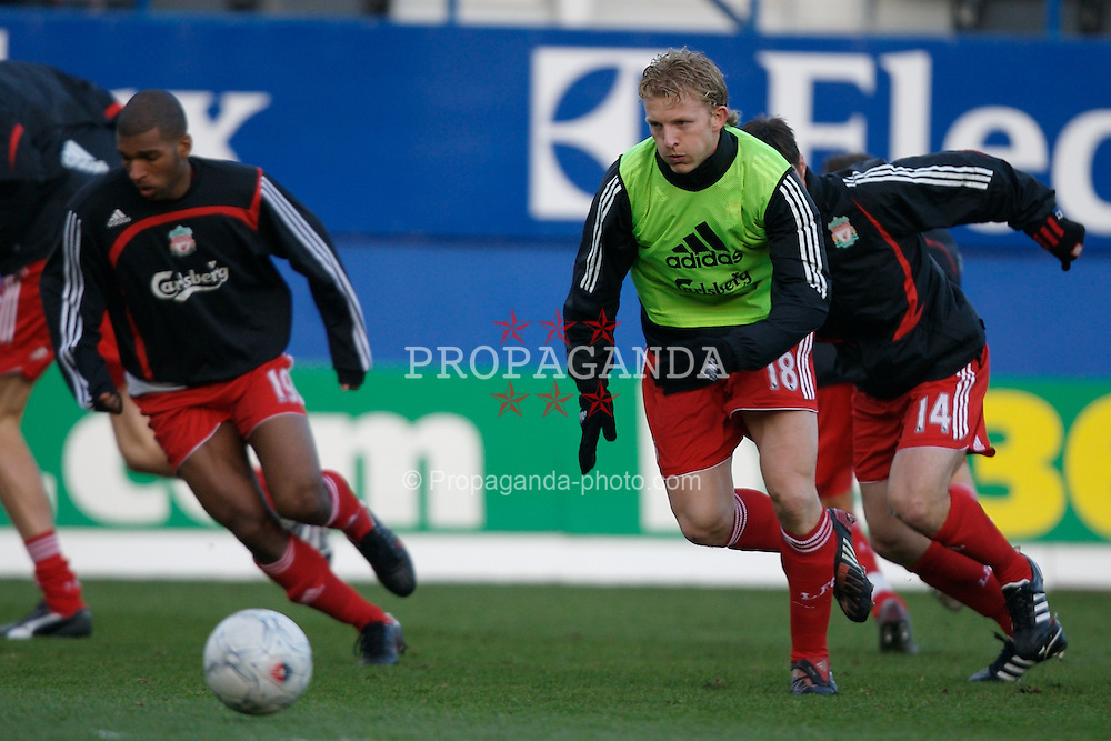 LUTON, ENGLAND - Sunday, January 6, 2008: Liverpool's Dirk Kuyt warms-up before the FA Cup 3rd Round match against Luton Town at Keniworth Road. (Photo by David Rawcliffe/Propaganda)