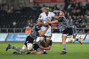 Sebastian Vahaamahina of ASM Clermont Auvergne tests the Ospreys defence during the European Rugby Challenge Cup match between Ospreys and ASM Clermont Auvergne at The Liberty Stadium, Swansea on 15 October 2017. Photo by Andrew Lewis.