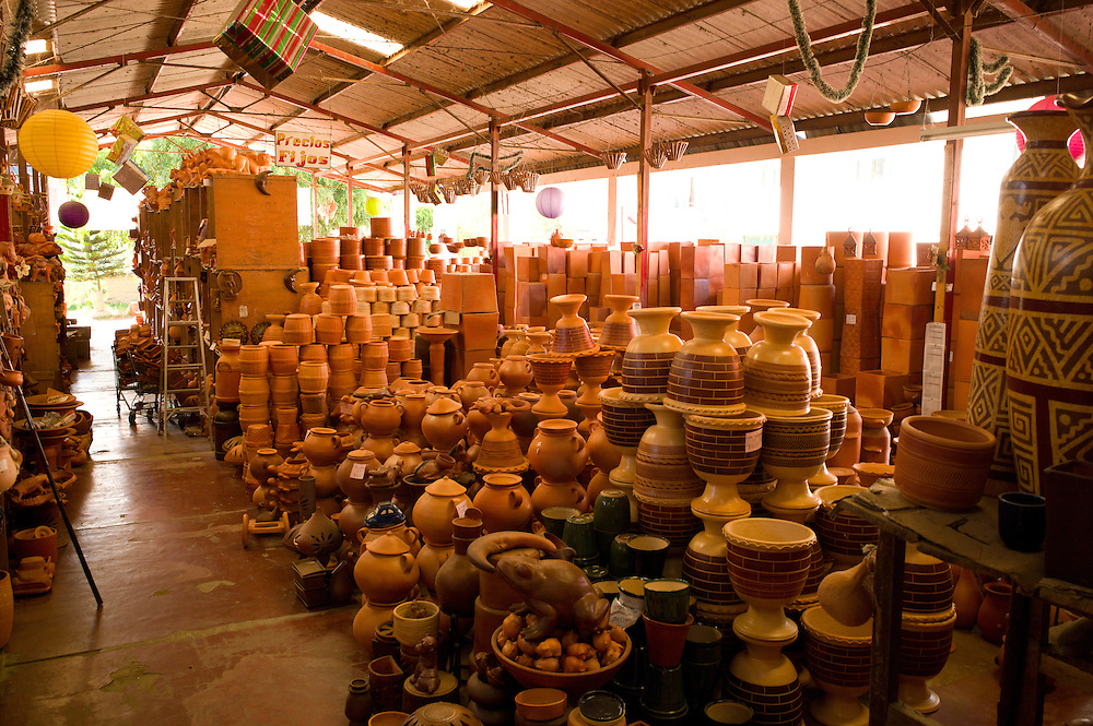 Pottery market in Ráquira, Boyacá, Colombia.