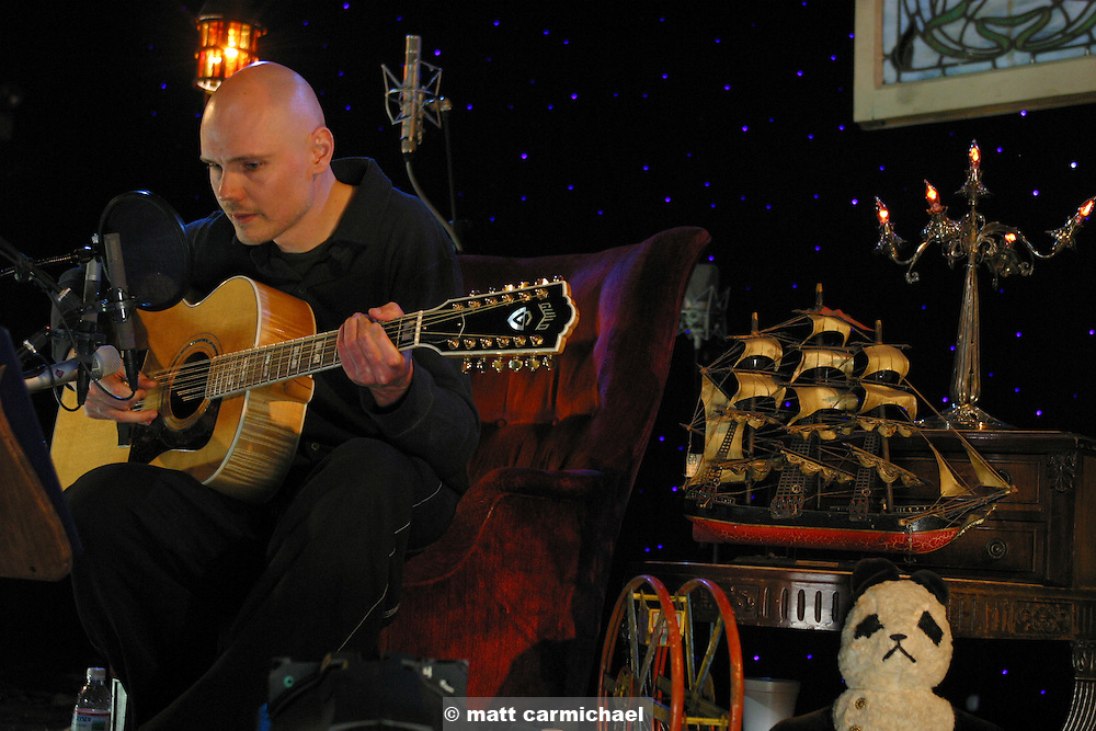 CHICAGO -- April 19: Former Smashing Pumpkins/Zwan frontman, Billy Corgan, performs his first ever solo acoustic concert at Chicago's Metro (Photo by Matt Carmichael)