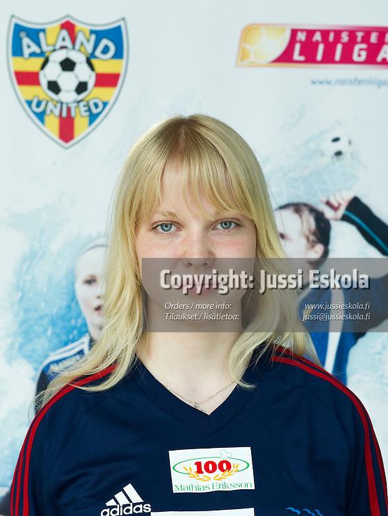 Anna Eriksson. Åland United. 16.5.2010. Photo: Jussi Eskola