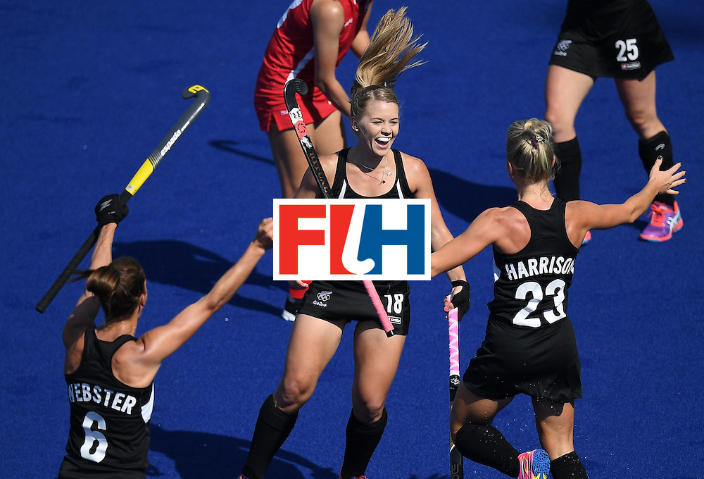 New Zealand's Kirsten Pearce (C) celebrates scoring a goal during the women's field hockey South Korea vs New Zealand match of the Rio 2016 Olympics Games at the Olympic Hockey Centre in Rio de Janeiro on August, 7 2016. / AFP / MANAN VATSYAYANA        (Photo credit should read MANAN VATSYAYANA/AFP/Getty Images)