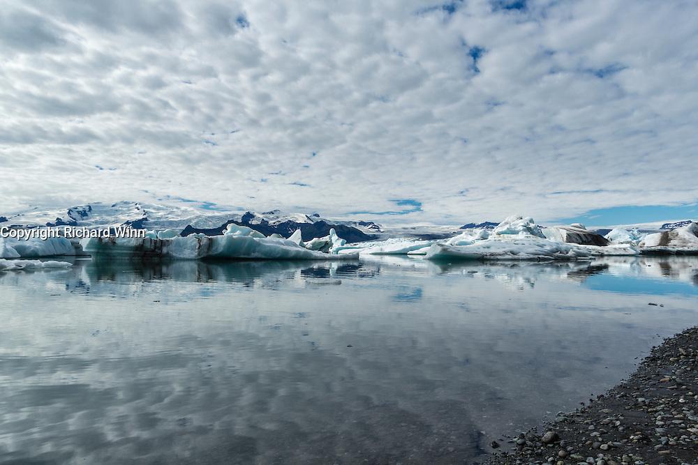 Wideangle view of Jökulsárlón, the glacial lagoon at the base of Vatnajokull.