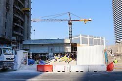 22.01.2015, Doha, QAT, FIFA WM, Katar 2022, Vorberichte, im Bild Bauarbeiter in der Mittagspause auf einer Baustelle in Doha // Preview of the FIFA World Cup 2022 in Doha, Qatar on 2015/01/22. EXPA Pictures © 2015, PhotoCredit: EXPA/ Sebastian Pucher