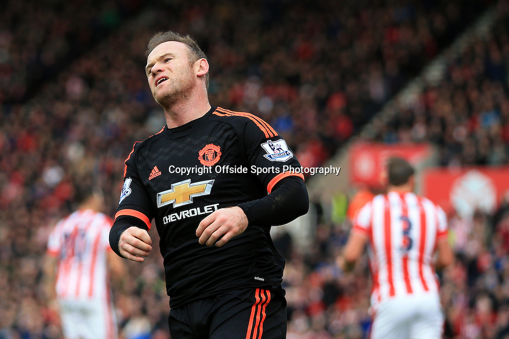 26th December 2015 - Barclays Premier League - Stoke City v Manchester United - Wayne Rooney of Man Utd looks dejected - Photo: Simon Stacpoole / Offside.