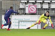 (L-R) Che Nunnely of Ajax U23, Nick Olij of AZ Alkmaar U23