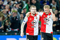 ROTTERDAM - Feyenoord - AZ , Voetbal , Eredivisie, Seizoen 2015/2016 , Stadion de Kuip , 25-10-2015 , Speler van Feyenoord Simon Gustafson viert de overwinning samen met Speler van Feyenoord Dirk Kuyt (r)