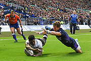 Frank Lomani beats Alex Allan to the grubber kick during the 2018 Autumn Test match between Scotland and Fiji at Murrayfield, Edinburgh, Scotland on 10 November 2018.
