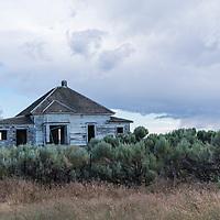 Old abandoned house near Condon, Oregon
