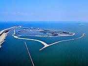 Nederland, Flevoland, Markermeer, 26-08-2019; Trintelzand, nieuw aangelegd natuurgebied bij de Houtribdijk (links in beeld). Moerasgebied voor vogels en vissen, met zandplaten, slikvelden en rietoevers.<br /> Trintelzand, newly constructed nature reserve next to the Houtribdijk. Marsh area for birds and fish, with sandbanks, mudflats and reed banks.<br /> <br /> luchtfoto (toeslag op standard tarieven);<br /> aerial photo (additional fee required);<br /> copyright foto/photo Siebe Swart