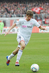 31.03.2012, Easy-Credit-Stadion, Nuernberg, GER, 1. FBL, 1. FC Nuernberg vs FC Bayern Muenchen, 28. Spieltag, im Bild Thomas Mueller (FC Bayern Muenchen) am Ball. Freisteller // during the German Bundesliga Match, 28th Round between 1. FC Nuernberg and FC Bayern Munich at the Easy-Credit-Stadium, Nuernberg, Germany on 2012/03/31. EXPA Pictures © 2012, PhotoCredit: EXPA/ Eibner/ Matthias Merz..***** ATTENTION - OUT OF GER *****