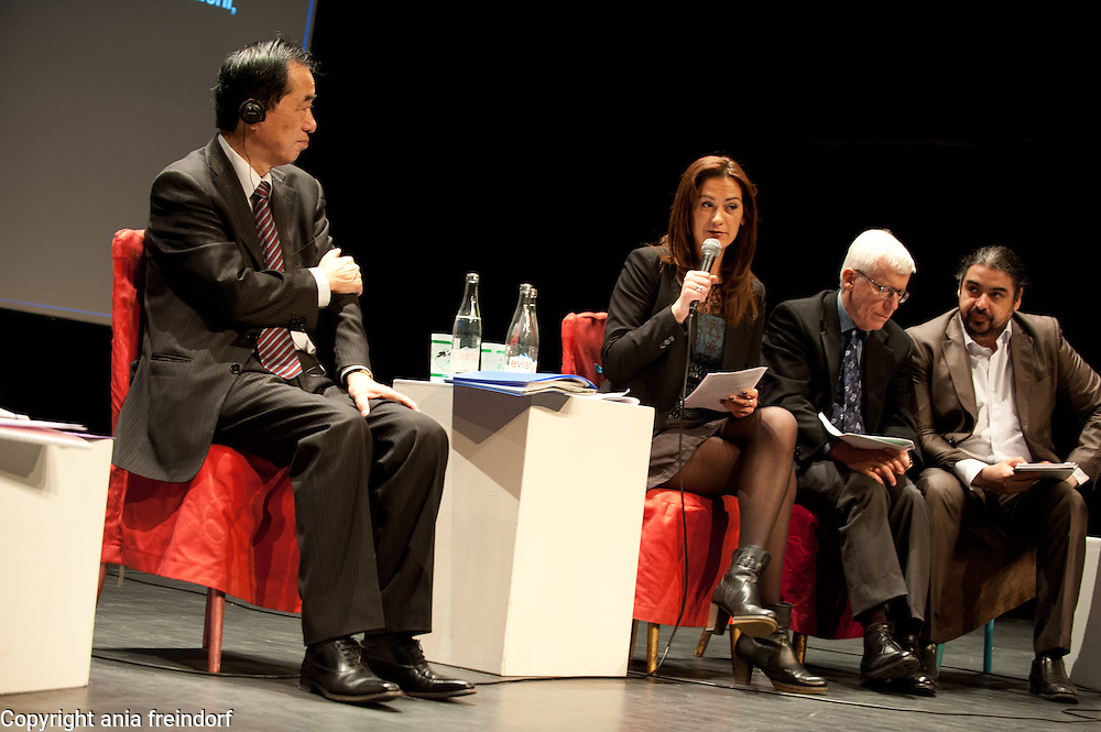 """Conference """"Fukushima, nuclear accident - four years later"""", Green Cross Paris, France, (left) Naoto Kan ancient Prime Minister of Japan, he resigned six months after the Fukushima nuclear accident, Sandrine Belier, former Member of European Parlament, Proffesor Jonathan Samet (University of South California),"""