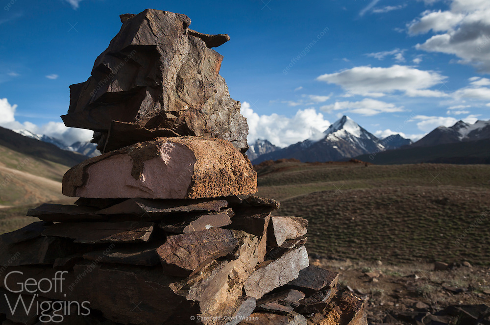 Chorten at Chandra Taal lake near Kunzum Pass between Spiti and Lahaul valley, Himachal Pradesh, Northern India