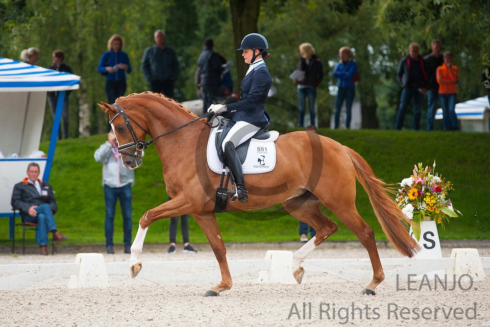 Ingrid Malan - Golda Z.B.<br /> KWPN Kampioenschappen 2016<br /> &copy; DigiShots