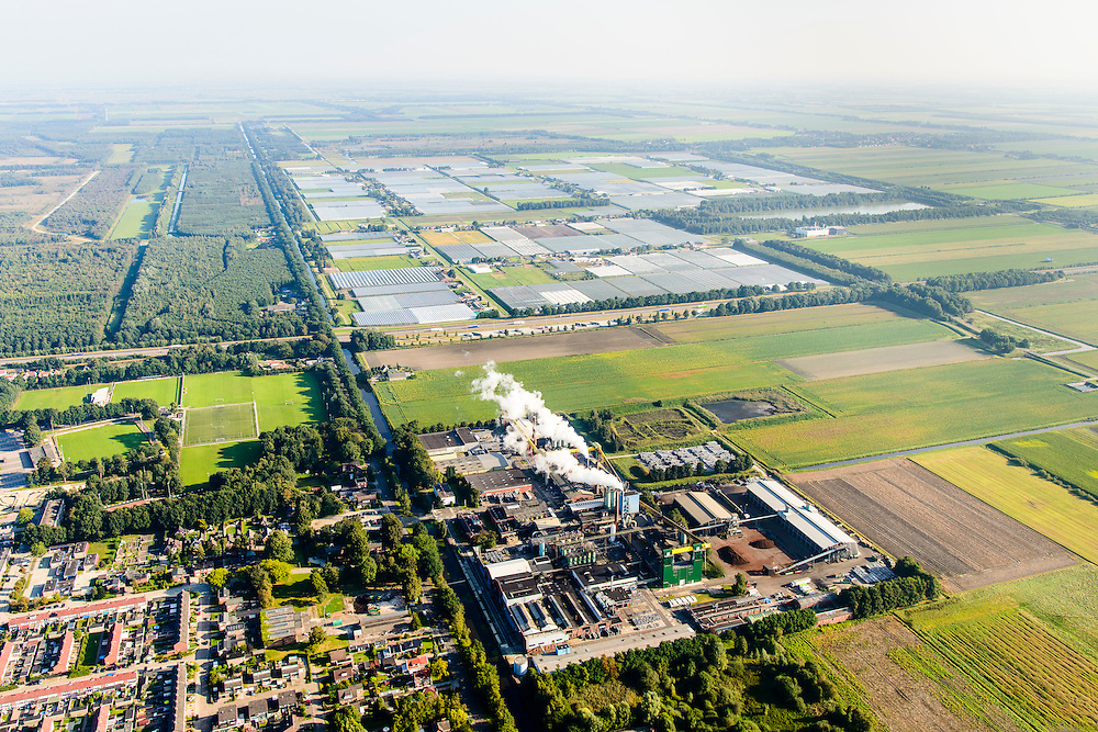 Nederland, Drenthe, Klazienaveen, 08-09-2016; Norit fabriek, producent van actieve kool.<br /> Norit factory, producer of activated carbon.<br /> luchtfoto (toeslag op standard tarieven);<br /> aerial photo (additional fee required);<br /> copyright foto/photo Siebe Swart