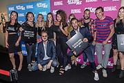 2018, Augustus 7. Pathe ArenA, Amsterdam. Nederlandse premiere van de film The Spy Who Dumped Me. Op de foto: team Rumag
