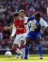 Photo: Olly Greenwood.<br />Arsenal v Blackburn Rovers. The FA Cup. 17/02/2007. Arsenal's Jeremie Aliadiere and Blackburn's Aaron Mokoena