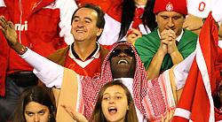Torcida colorada durante a partida entre as equipes do Internacional e Chivas, realizada no Estádio Beira Rio em Porto Alegre, válido pela final da Copa Libertadores da America 2010, onde o colorado sagrou-se bicampeão. FOTO: Jefferson Bernardes / Preview.com