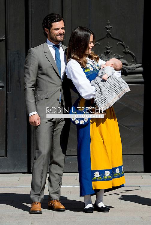 6-6-2016 STOCKHOLM SWEDEN - Prince Carl Philp and  Princess Sofia with Prince Alexander The royal family celebrates National day in Stockholm at the royal palace and COPYRIGHT ROBIN UTRECHT<br /> 6-6-2016 STOCKHOLM SWEDEN - Prince Carl Philp and  Princess Sofia with Prince Alexander The royal family celebrates National day in Stockholm at the royal palace and COPYRIGHT ROBIN UTRECHT<br /> 2016/06/06 STOCKHOLM ZWEDEN - Prins Carl Philip en Prinses Sofia met Prins Alexander De koninklijke familie viert Nationale feestdag in Stockholm bij het koninklijk paleis en COPYRIGHT ROBIN UTRECHT
