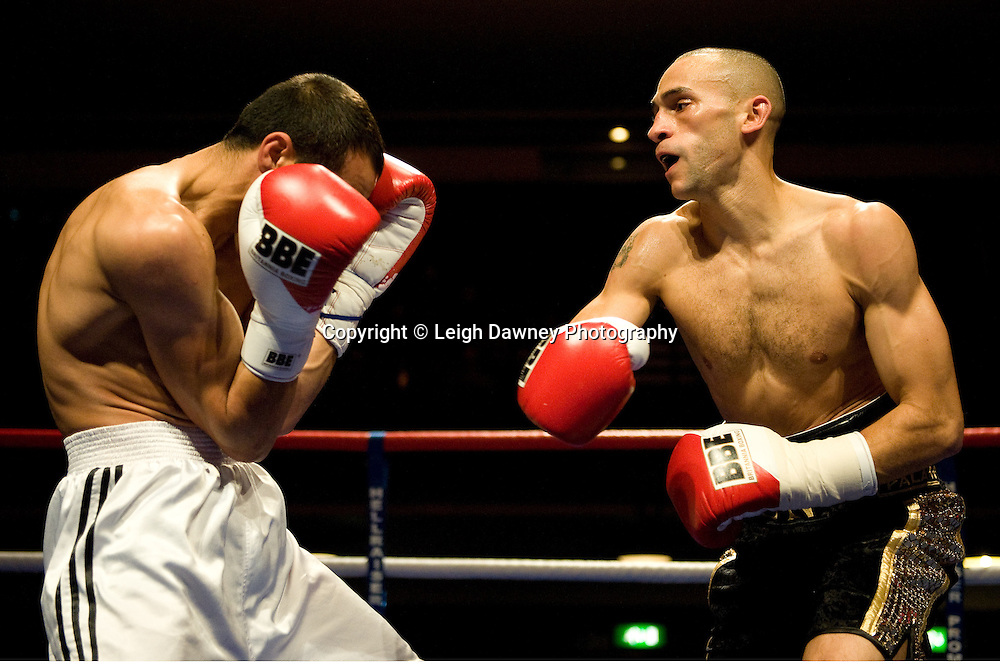 Jon Fernandes v Stoyan Serbezov at Watford Colusseum 29 November 2009 Promoter Mickey Helliet, Hellraiser Promotions: Credit: ©Leigh Dawney Photography