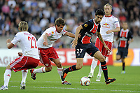 FOOTBALL - UEFA EUROPA LEAGUE 2011/2012 - GROUP STAGE - GROUP F - PARIS SAINT GERMAIN v SALZBURG - 15/09/2011 - PHOTO JEAN MARIE HERVIO / DPPI - JAVIER PASTORE (PSG)