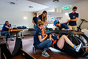 Het team houdt een trainingsweekend in Bergen op Zoom. In september wil het Human Power Team Delft en Amsterdam, dat bestaat uit studenten van de TU Delft en de VU Amsterdam, tijdens de World Human Powered Speed Challenge in Nevada een poging doen het wereldrecord snelfietsen voor vrouwen te verbreken met de VeloX 9, een gestroomlijnde ligfiets. Het record is met 121,81 km/h sinds 2010 in handen van de Francaise Barbara Buatois. De Canadees Todd Reichert is de snelste man met 144,17 km/h sinds 2016.<br /> <br /> With the VeloX 9, a special recumbent bike, the Human Power Team Delft and Amsterdam, consisting of students of the TU Delft and the VU Amsterdam, also wants to set a new woman's world record cycling in September at the World Human Powered Speed Challenge in Nevada. The current speed record is 121,81 km/h, set in 2010 by Barbara Buatois. The fastest man is Todd Reichert with 144,17 km/h.