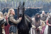 Setbezoek in Eindhoven van de film Redbad, een historische film over de Friese koning Radboud geregiseerd door Roel Rein&eacute;.<br /> <br /> Op de foto:  Gijs Naber als  Redbad