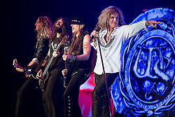 © Licensed to London News Pictures . 15/12/2015 . Manchester , UK . PLEASE CHECK CONTRACT RE PRE APPROVAL AND DISTRIBUTION BEFORE PUBLISHING . Whitesnake perform at the Manchester Arena . Photo credit : LNP