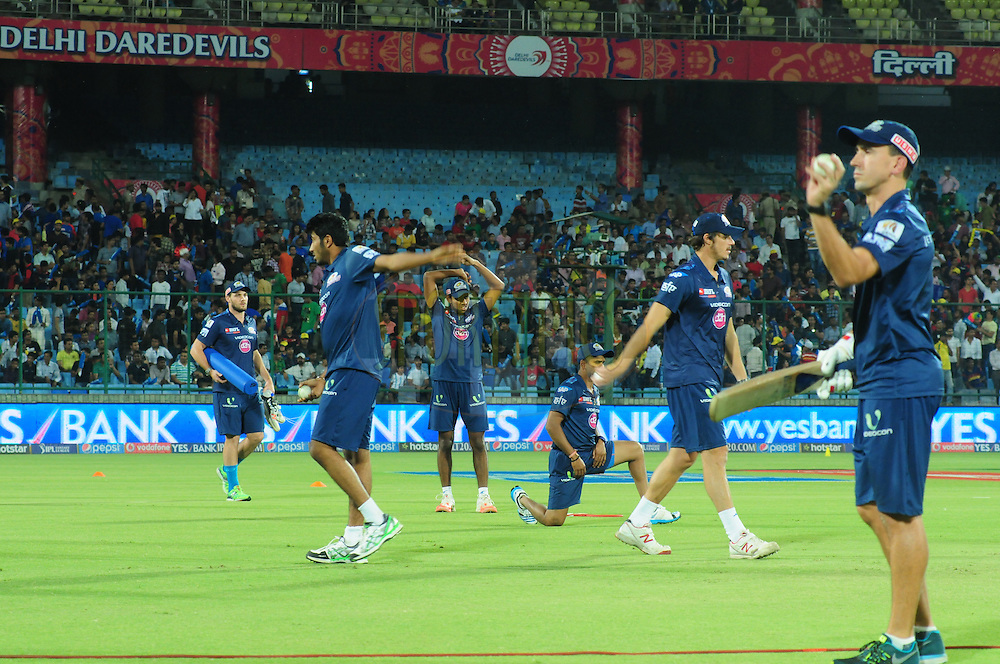 Mumbai Indians team players warmup before match 21 of the Pepsi IPL 2015 (Indian Premier League) between The Delhi Daredevils and The Mumbai Indians held at the Ferozeshah Kotla stadium in Delhi, India on the 23rd April 2015.<br /> <br /> Photo by:  Arjun Panwar / SPORTZPICS / IPL