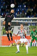 19-09-2015 VOETBAL:WILLEM II- FC UTRECHT:TILBURG<br /> <br /> Nacer Barazite van FC Utrecht in duel met Jordens Peters van Willem II <br /> <br /> Foto: Geert van Erven